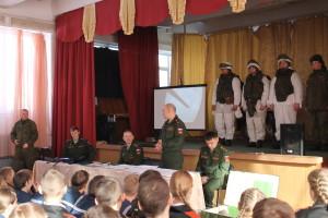 Проведение занятий с кадетами ННККС офицерами 41 армии ВС РФ